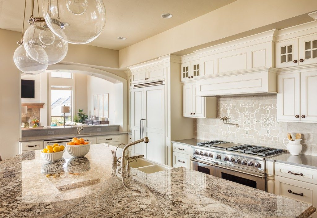Beautiful White Kitchen with Quartz Countertop