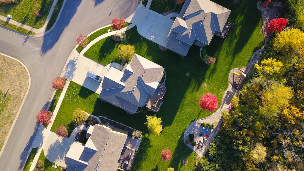 Bird's eye view of a property
